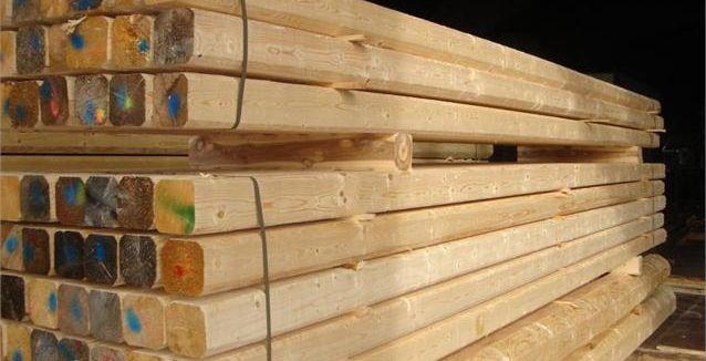 Travi uso fiume in legno massiccio trentino per lavori di - Tavole da carpenteria prezzi ...